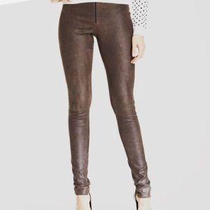 Alice + Olivia zip front leather leggings size 2